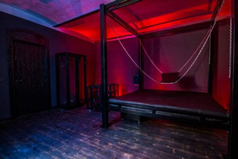 Красные комнаты фото