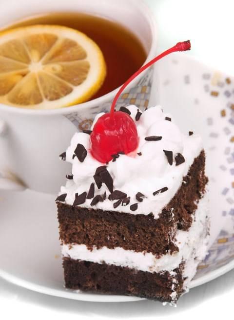 Чай с тортом фото