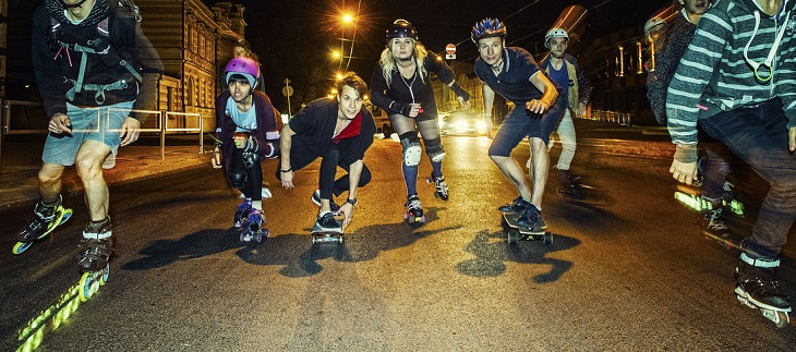 Ночной забег на роликах в Риге