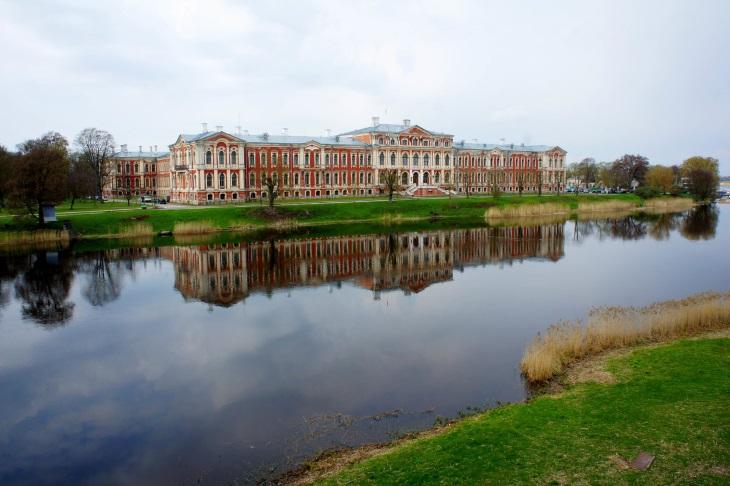 Почем диплом в Латвии Рига Латвия туризм афиша город Латвийский сельскохозяйственный университет