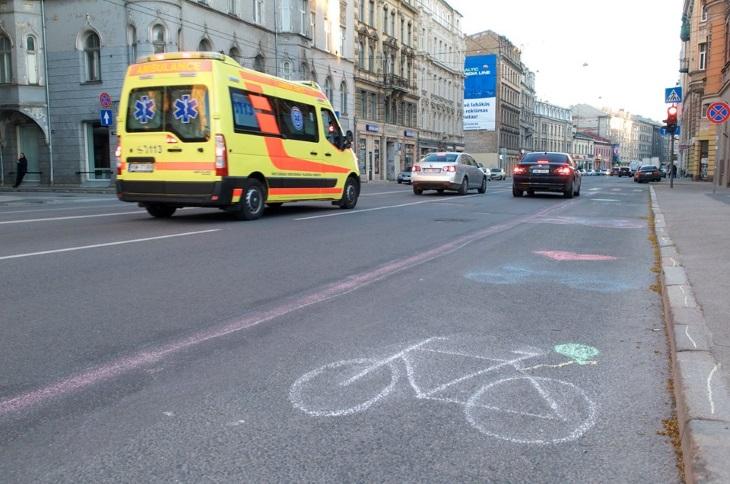Велодорожки в Риге - за и против